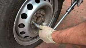 How to Remove a Stuck Wheel on Your Car [4 Tips] - Mechanic Base