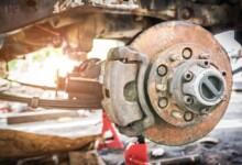 8 Symptoms of a Bad Brake Caliper (& Replacement Cost)