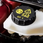 Dot 3 vs Dot 4 Brake Fluid - What is the difference?