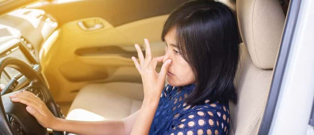 7 Causes Why Car Smell Like Burning Rubber After Driving