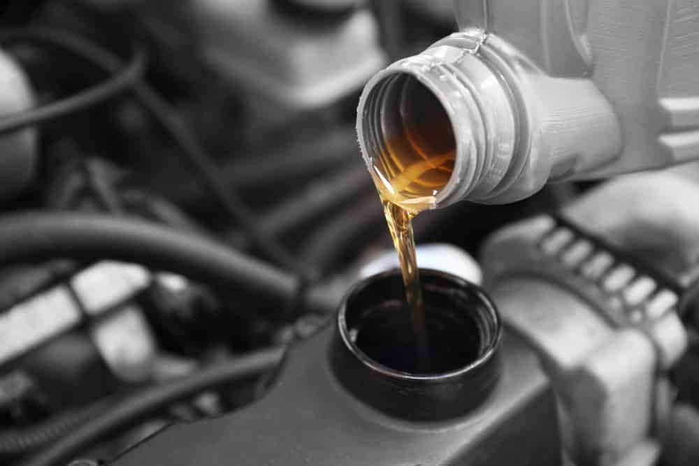 10w30 vs 10w40 Engine Oil - What's the difference?