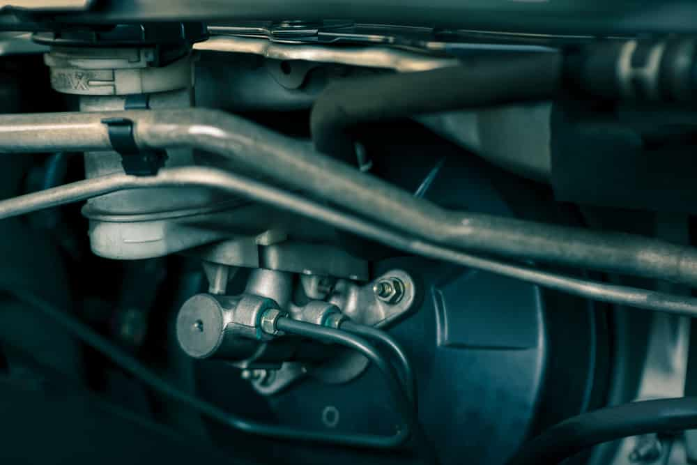 5 Symptoms of a Bad Brake Master Cylinder, Location & Replacement Cost