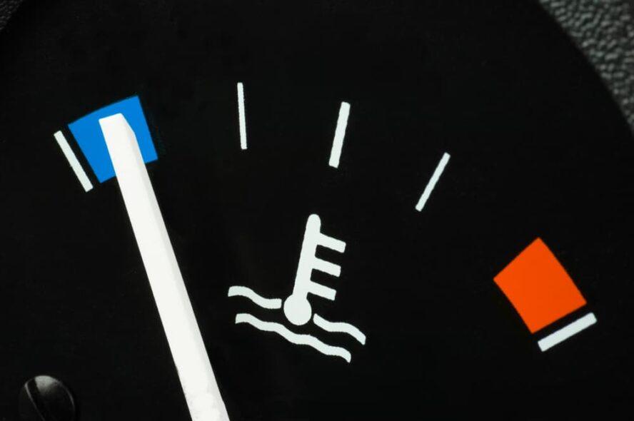 car engine temperature cold