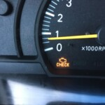 Flashing Check Engine Light: Causes & Solutions