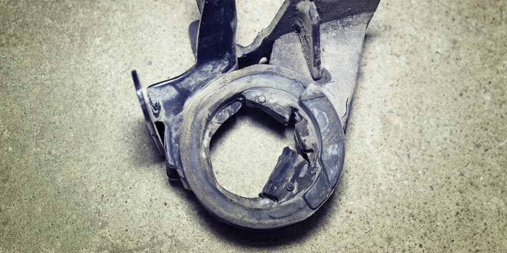 5 Symptoms of a Bad Engine Mount, Location & Replacement Cost