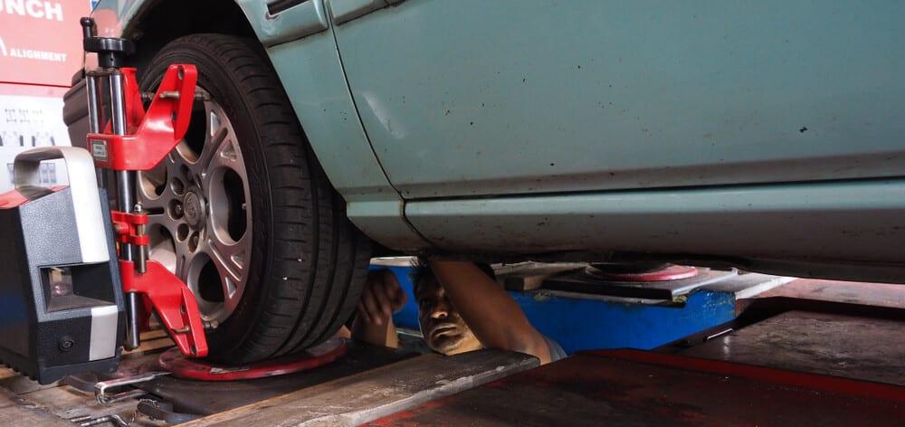 Wheel Alignment Car