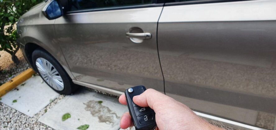 locking cars