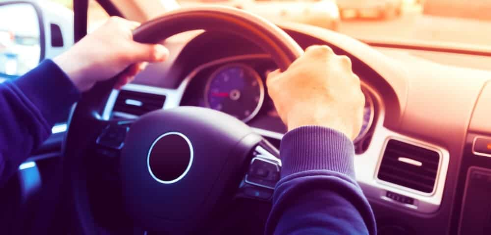 6 Causes of a Steering Wheel That's Hard to Turn